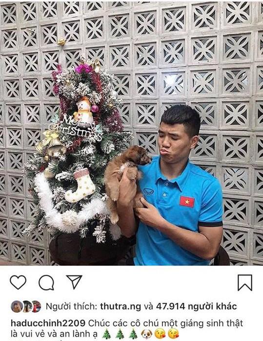 Dàn trai đẹp đội tuyển quốc gia khoe ảnh Giáng sinh: Lâm tây đẹp như tượng tạc, Đức Huy hóa ông già tuyết - Ảnh 3.