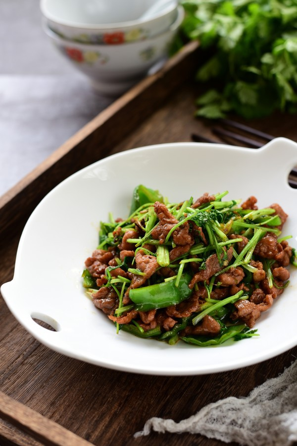 Món thịt xào mới toanh nhờ tôi ứng biến với loại rau này và nó trở thành món ngon nhà tôi ai cũng thích - Ảnh 5.