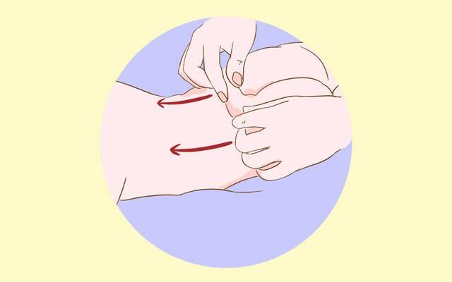 Mỗi ngày các mẹ đều đặn massage ở 3 vị trí này sẽ giúp bé ăn ngon, mau lớn - Ảnh 2.