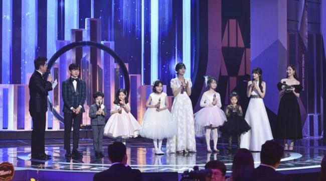 Anh đẹp So Ji Sub và Terius phía sau tôi thắng lớn tại MBC Drama Awards 2018 - Ảnh 6.
