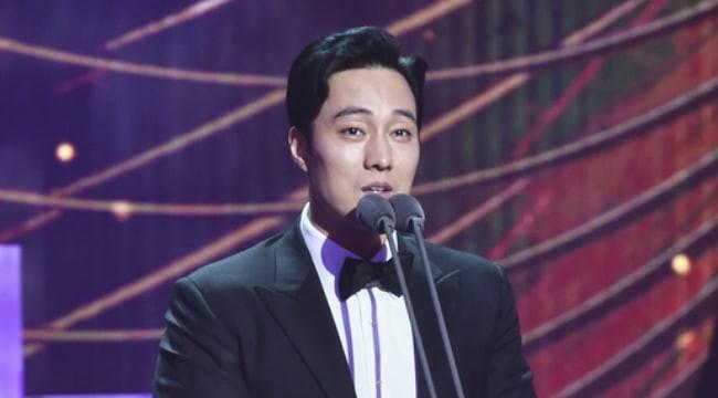 Anh đẹp So Ji Sub và Terius phía sau tôi thắng lớn tại MBC Drama Awards 2018 - Ảnh 3.