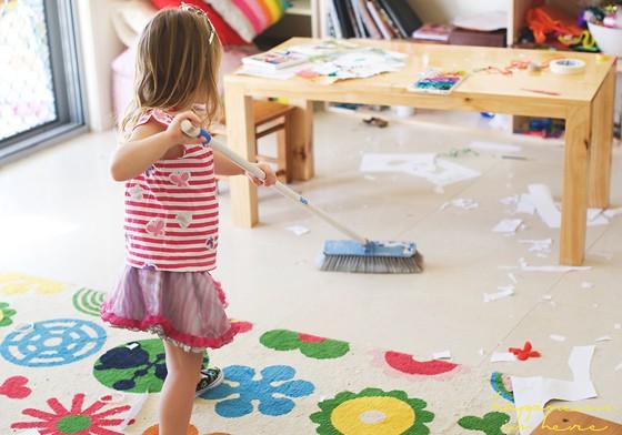 Không cần hình phạt, đây là cách giúp trẻ ngoan hơn mà các mẹ dạy con theo phương pháp Montessori đã áp dụng - Ảnh 3.