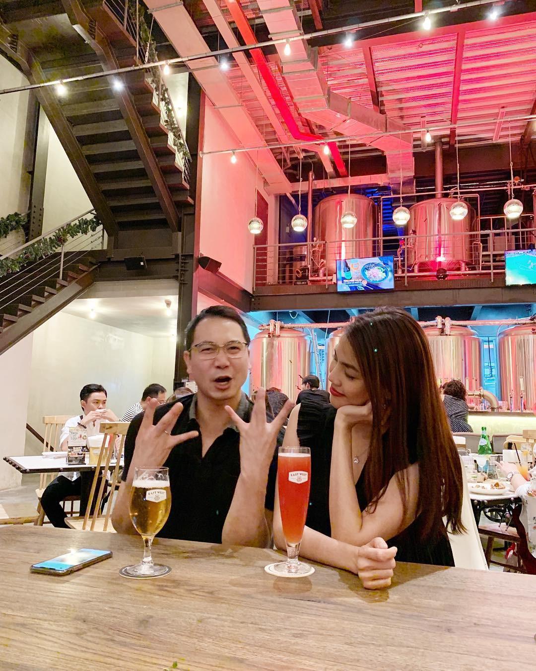 Khá im ắng sau khi lấy chồng, cuộc sống hôn nhân của Lan Khuê và ông xã doanh nhân diễn ra thế nào?  - Ảnh 2.