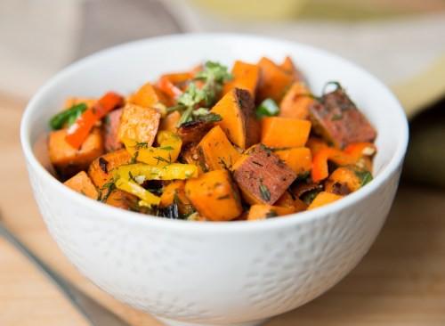 9 loại rau củ quả mà các chuyên gia dinh dưỡng hay ăn hàng ngày, hóa ra loại rau củ nào cũng rất quen thuộc - Ảnh 4.