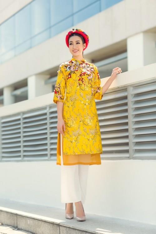 Bật mí cho 'nàng điệu' 5 kiểu áo dài 'thần thánh' vừa đẹp lại vừa thoải mái diện Tết - Ảnh 1.