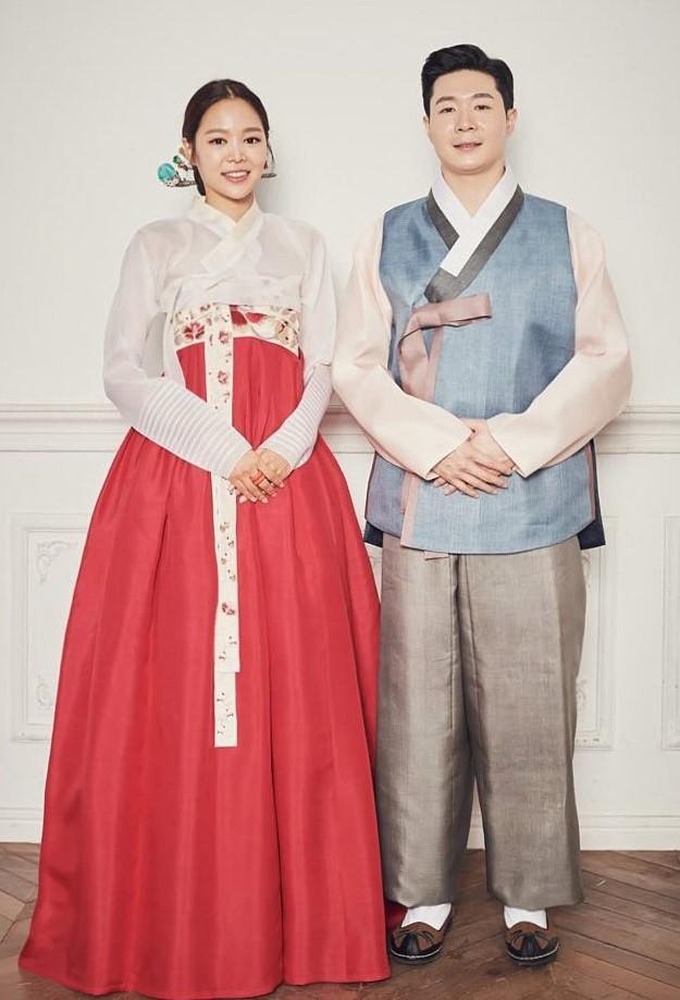 Trang phục truyền thống của các nước đón Tết âm lịch có gì khác biệt - Ảnh 19.