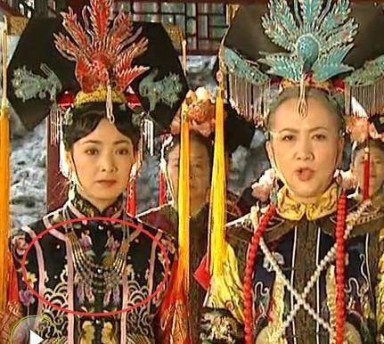 Phát lại sau 20 năm, Hoàn Châu cách cách bị khán giả soi ra nhiều sạn phim gây cười - Ảnh 8.