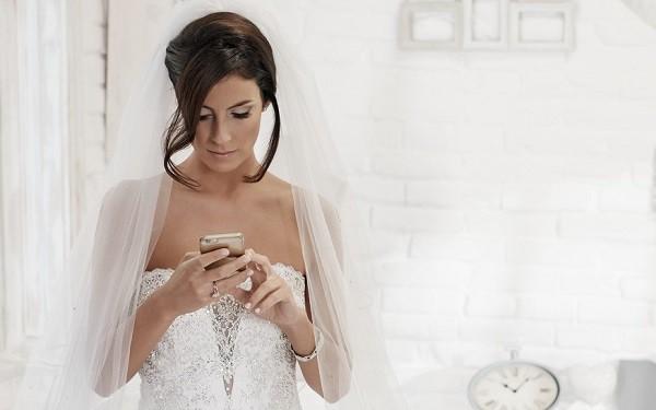 Sai lầm lớn nhất của cuộc đời em là mời người yêu cũ đến dự đám cưới - Ảnh 1.