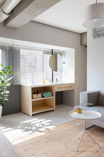 Căn hộ nhỏ rộng gấp đôi nhờ biết cách sắp xếp nội thất - Ảnh 4.