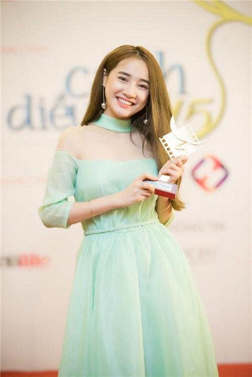 Nhã Phương: Từ 'hot girl bánh tráng' đến viên ngọc sáng của điện ảnh Việt - Ảnh 7.
