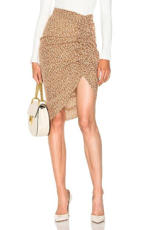 Váy xà-rông của người Chăm được 'lên đời', trở thành xu hướng hot trong mùa Xuân - Ảnh 11.