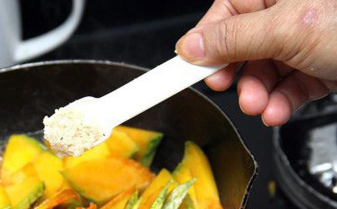 Chuyên gia vạch mặt thủ phạm gây nhiều bệnh tật trong bữa ăn của người Việt - Ảnh 1.