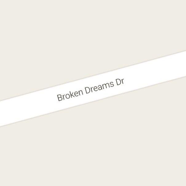Tìm kiếm những địa danh buồn bã nhất thế giới qua Google Maps rồi in sách bán, anh chàng kiếm bộn tiền - Ảnh 11.