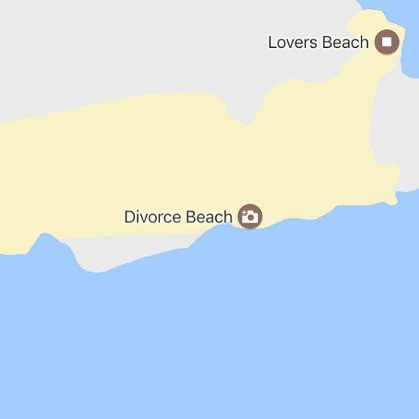 Tìm kiếm những địa danh buồn bã nhất thế giới qua Google Maps rồi in sách bán, anh chàng kiếm bộn tiền - Ảnh 3.