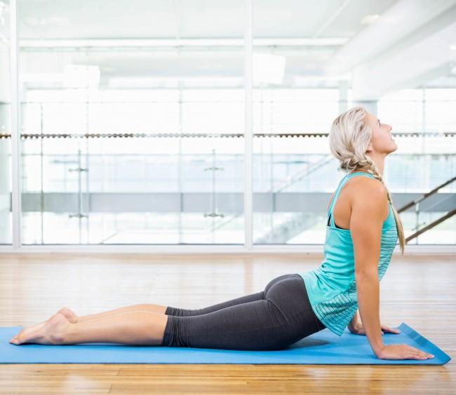 8 tư thế yoga giúp tăng khả năng sinh sản, chị em nào đang muốn có con đều nên tập thử - Ảnh 7.