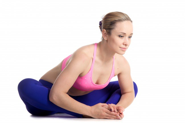 8 tư thế yoga giúp tăng khả năng sinh sản, chị em nào đang muốn có con đều nên tập thử - Ảnh 8.