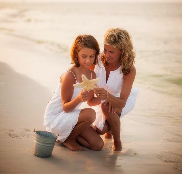 Muốn con hạnh phúc thì đừng dạy con làm thế nào để thành công, hãy dạy con lớn lên một cách tự tin và biết yêu thương - Ảnh 2.