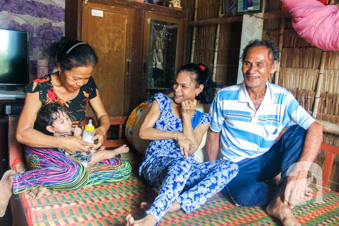 Tết mới của gia đình người mẹ điên ở Trà Vinh: Ấm áp và tràn ngập tiếng cười nhờ những tấm lòng - Ảnh 13.