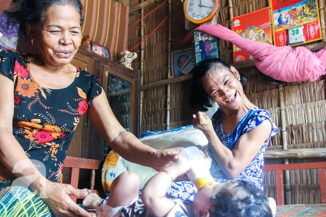 Tết mới của gia đình người mẹ điên ở Trà Vinh: Ấm áp và tràn ngập tiếng cười nhờ những tấm lòng - Ảnh 9.