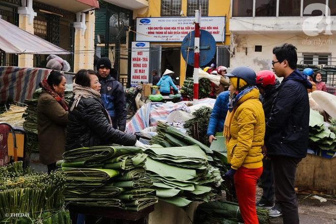 Chợ lá dong lâu năm nhộn nhịp giữa lòng Hà Nội những ngày cận Tết - Ảnh 12.