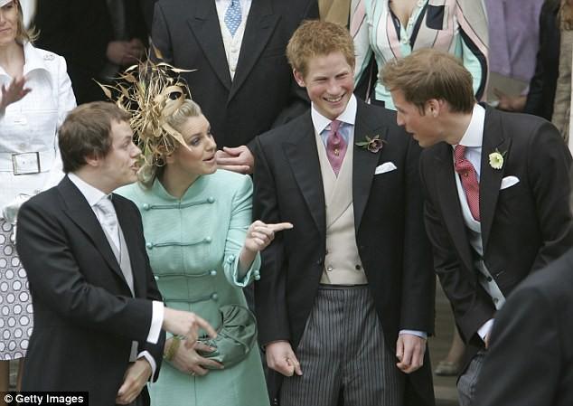 Chẳng mấy mặn mà với mẹ kế nhưng mối quan hệ giữa hai hoàng tử Anh với con bà lại khiến nhiều người bất ngờ - Ảnh 3.