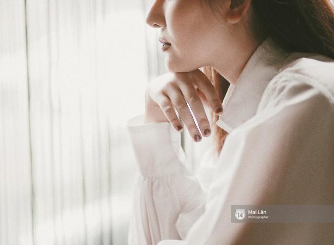Hà Lade lần đầu chia sẻ: Ai cũng nói cằm nhìn bình thường, tự ngắm trong gương cũng chẳng có gì kỳ quặc - Ảnh 14.