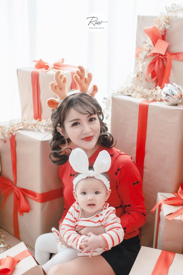 Bà mẹ trẻ có gương mặt xinh như búp bê lấy lại vóc dáng như thời con gái sau khi sinh 6 tháng - Ảnh 5.