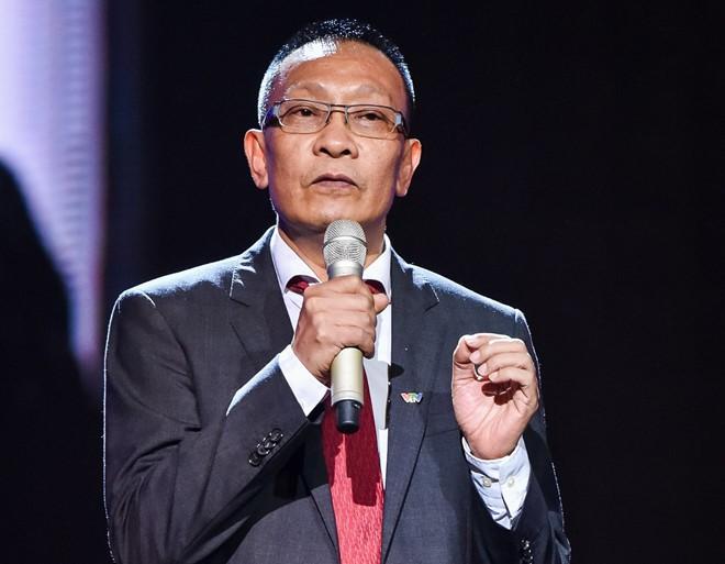Lại Văn Sâm thừa nhận dẫn kém hơn Phan Đăng; Phim hài Tết của Quang Tèo gây sốc vì nhiều cảnh phản cảm - Ảnh 2.
