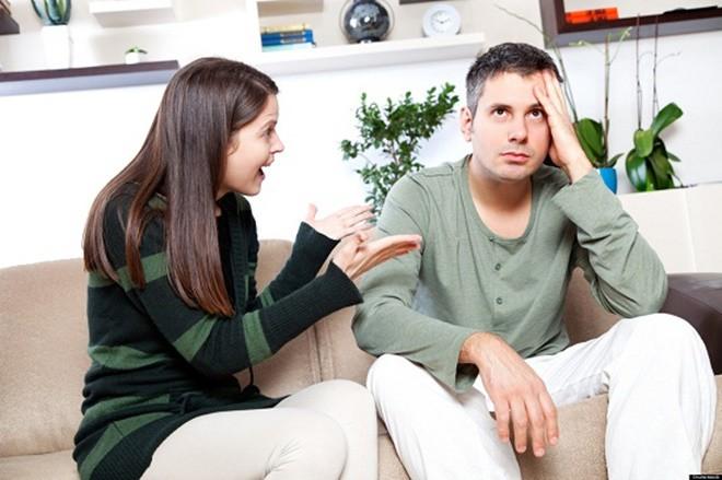 Gửi bà vợ quanh năm cằn nhằn của anh: Em nói nhiều thế có mệt không? Anh thì phát ngán lên rồi! - Ảnh 2.