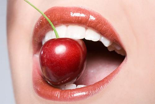 3 nguy hiểm khi quan hệ tình dục bằng miệng: Chuyên gia mách cách sex an toàn tuyệt đối - Ảnh 2.