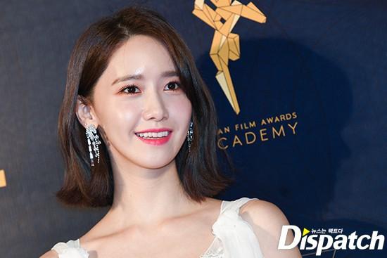 Lộ mặt dài, cơ thể gầy đến mức lộ xương ngực, Yoona vẫn trở thành nữ thần của thảm đỏ hot nhất hôm nay! - Ảnh 11.