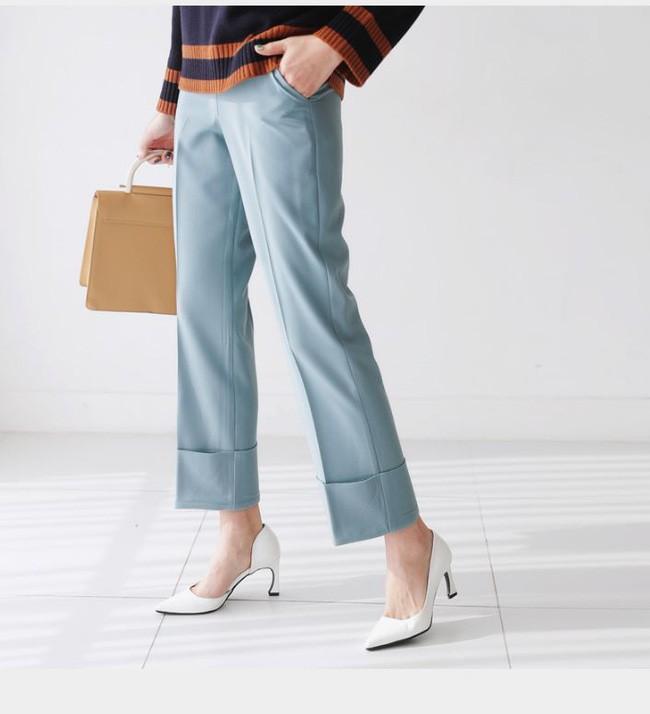 Gợi ý đầu tuần diện đồ màu xanh baby cho nàng công sở trẻ, xinh hết nấc - Ảnh 22.