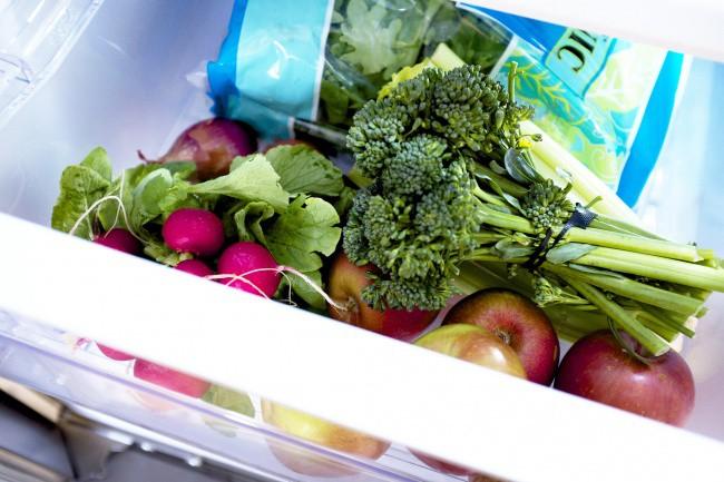 Bỏ túi 18 mẹo cực hữu ích giúp bảo quản rau củ tươi lâu - Ảnh 7.