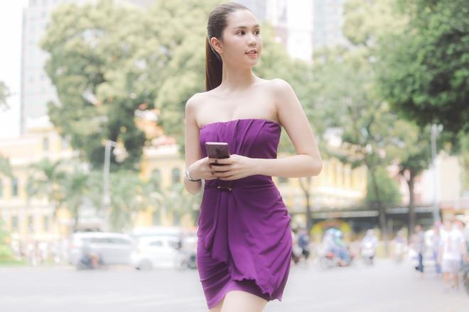 Cả kho đồ hiệu nhưng lại chọn mặc chiếc váy tím lịm của 5 năm trước, Ngọc Trinh bị chê sến và lạc điệu - Ảnh 4.