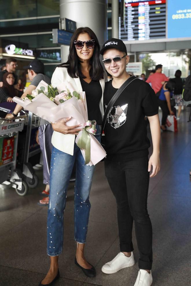 Chị đại Lukkade mặc đầm của NTK Chung Thanh Phong ghi hình The Face Thái 2018 - Ảnh 5.