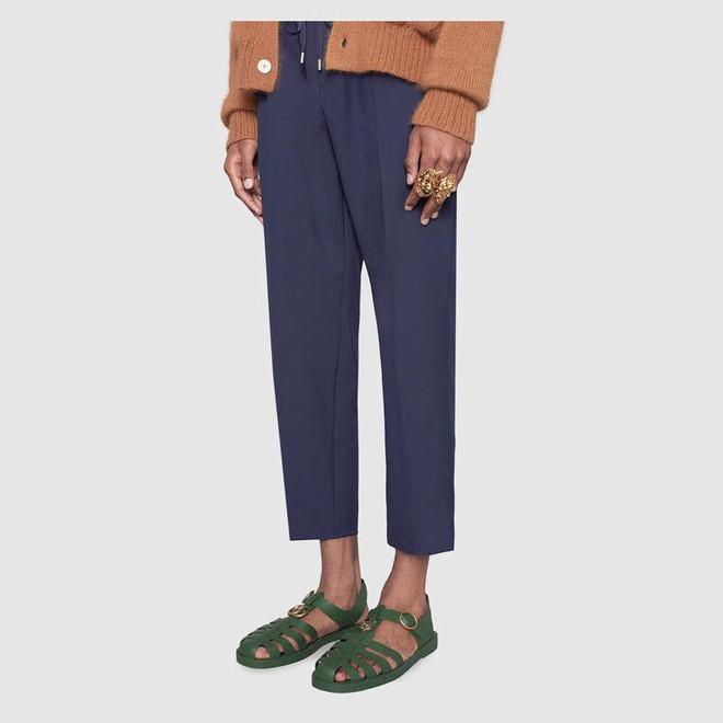 Gucci mới cho ra mắt thiết kế túi xách có giá 22 triệu, nhưng sao nhìn giống xô cao su đựng vữa thế này! - Ảnh 10.