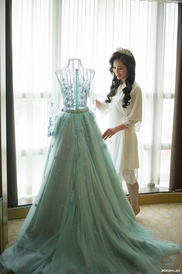 Cận cảnh đám cưới kỳ công xanh màu đại dương của Shark Hưng (Thương vụ bạc tỷ) và cô dâu Á hậu - Ảnh 35.