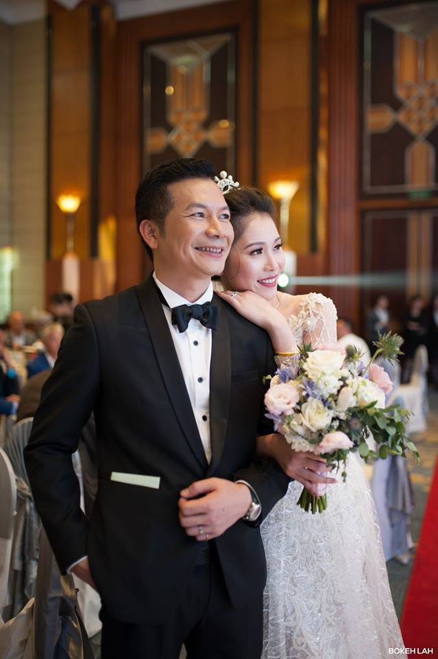 Cận cảnh đám cưới kỳ công xanh màu đại dương của Shark Hưng (Thương vụ bạc tỷ) và cô dâu Á hậu - Ảnh 19.
