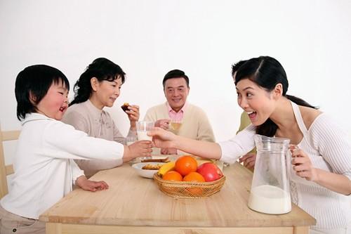 5 loại thực phẩm nguy hại cho cơ thể nếu sử dụng vào buổi sáng - Ảnh 1.