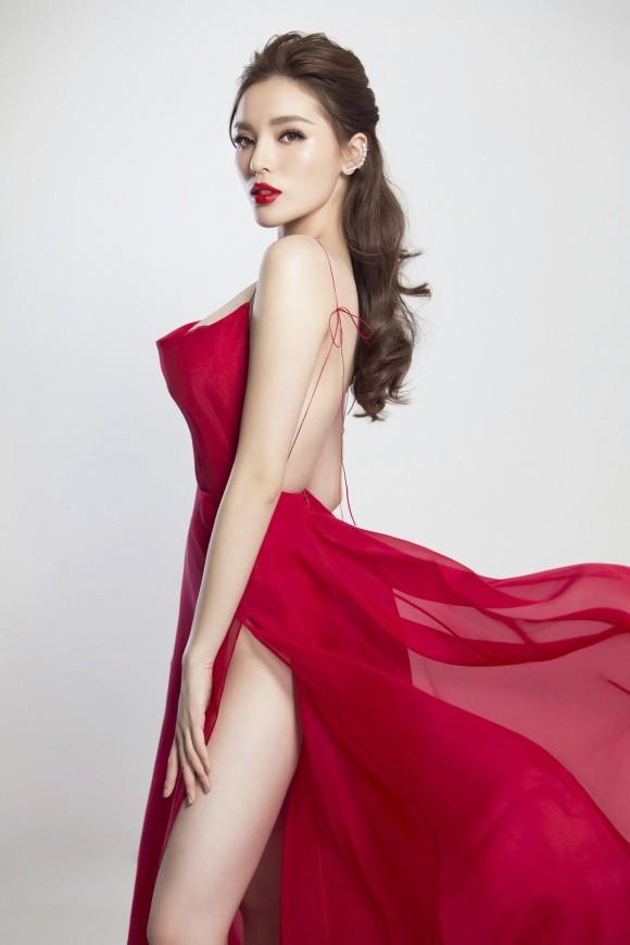 Đụng loạt váy đỏ gợi cảm, Kỳ Duyên đánh bại từ Quỳnh Anh Shyn tới Hương Giang nhờ vòng 1 đáng chú ý - Ảnh 2.