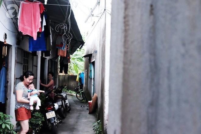 Bé Cà Rốt bị bỏ rơi trước cổng chùa đã trở về với người mẹ nuôi ở Sài Gòn sau nhiều ngày chia cách - Ảnh 5.