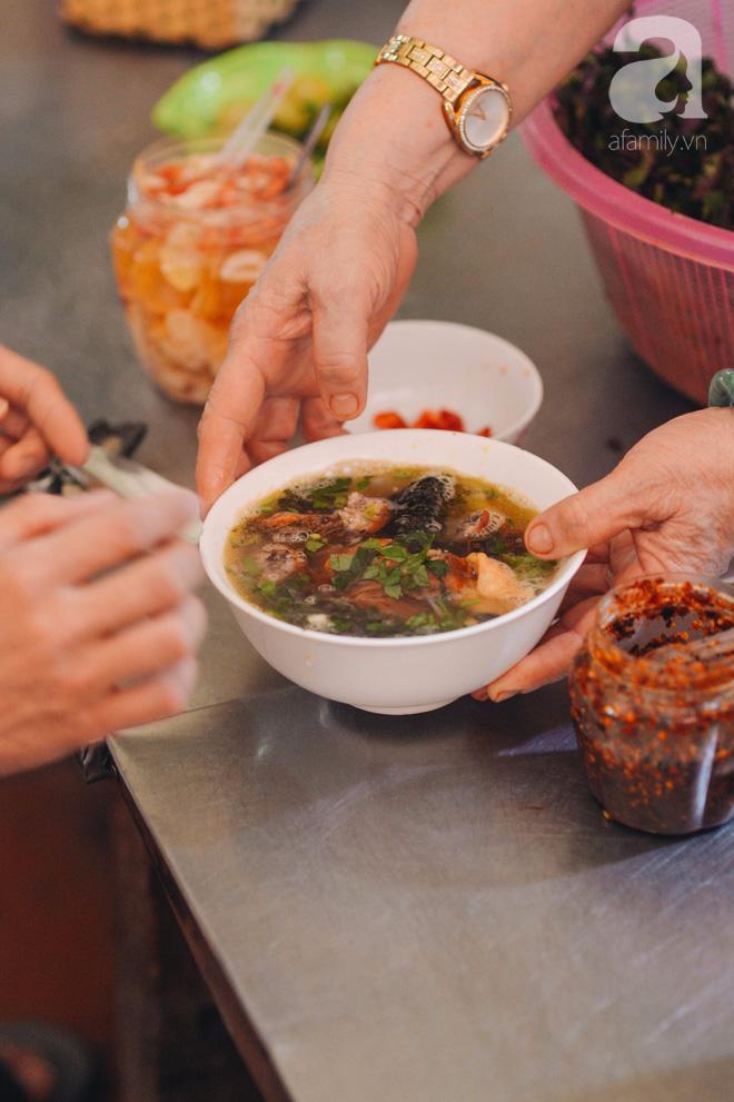Thiên đường ăn vặt - chợ Cát Bi: Ăn hết sạch món ngon Hải Phòng chỉ với 100.000 đồng là chuyện vô cùng đơn giản! - Ảnh 3.