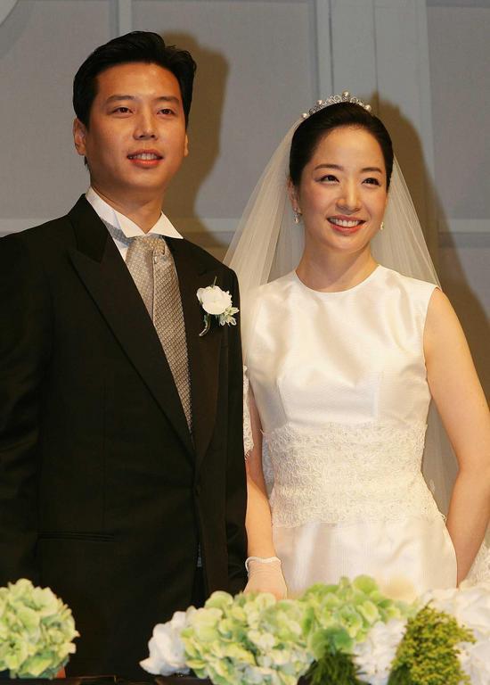 Gia tộc giàu có khét tiếng Hyundai tiết lộ về nguyên tắc làm dâu: Thức dậy và ăn sáng lúc 4h30, chi tiêu một đồng cũng phải ghi chép - Ảnh 2.