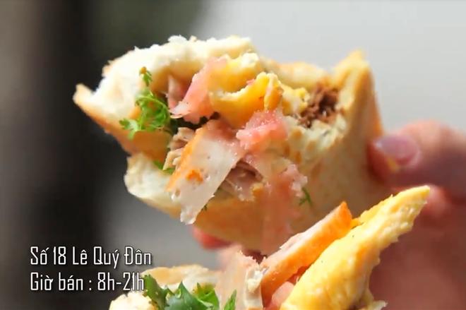 Hà Nội vẫn còn những hàng bánh mì nổi tiếng siêu rẻ, chỉ dưới 15k một chiếc bánh đầy đặn - Ảnh 5.