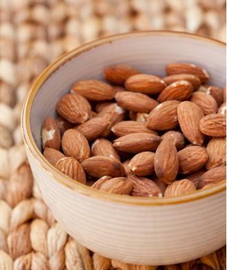 Những vitamin và khoáng chất nhất định không thể thiếu nếu bạn muốn tăng cơ, giảm cân - Ảnh 8.
