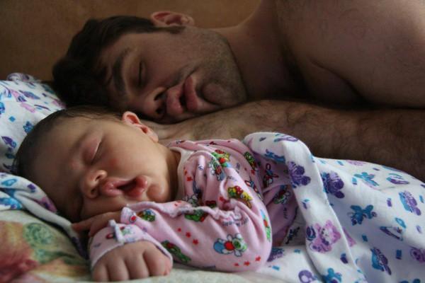 Nghiên cứu khoa học mới: Con sinh ra càng giống bố thì lớn lên càng khỏe mạnh - Ảnh 1.