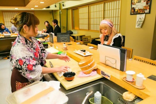 Cách khẳng định quyền bình đẳng nữ giới cực đặc biệt của một nhà hàng sushi ở Nhật và câu chuyện thú vị đằng sau - Ảnh 6.