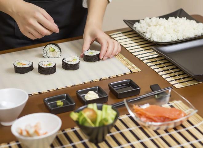 Cách khẳng định quyền bình đẳng nữ giới cực đặc biệt của một nhà hàng sushi ở Nhật và câu chuyện thú vị đằng sau - Ảnh 8.