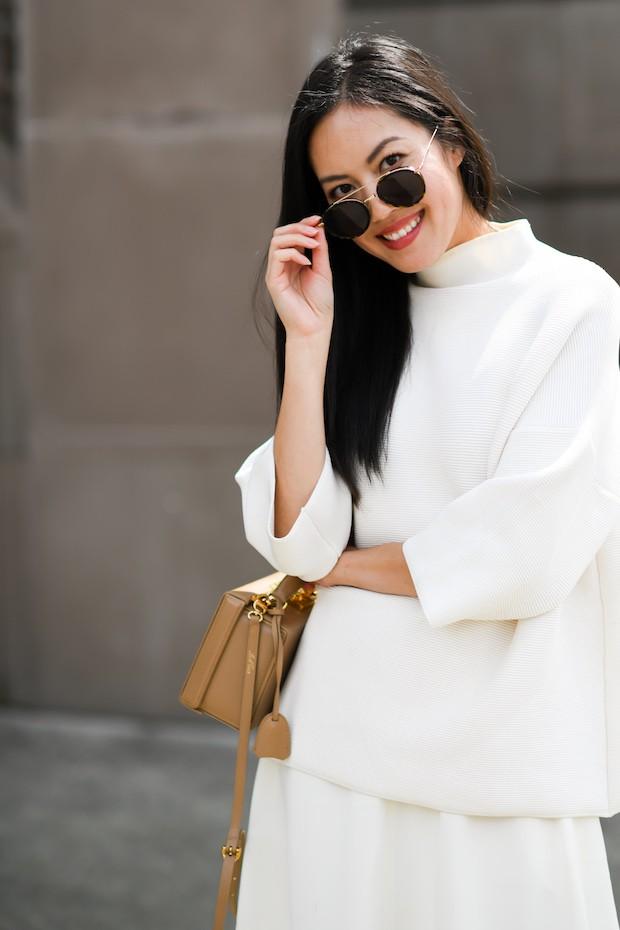 Khởi động mùa du lịch qua loạt street style siêu thú vị của các quý cô châu Á - Ảnh 5.