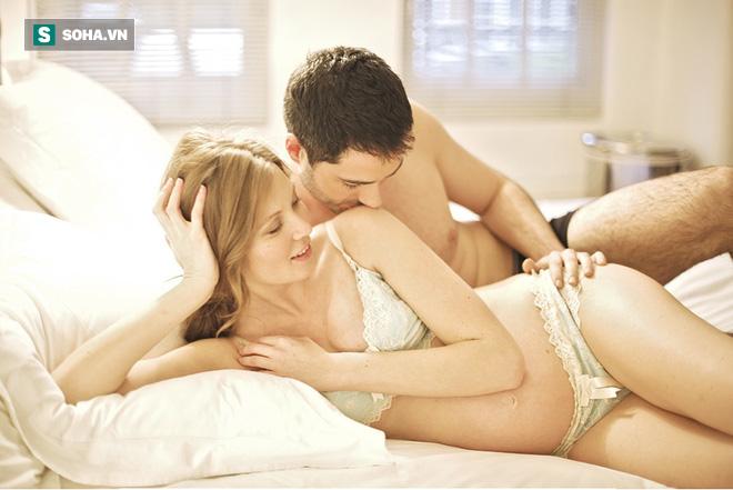 Những tư thế sex nguy hiểm cho phụ nữ: Đàn ông biết để tránh gây thương tích cho bạn tình - Ảnh 1.
